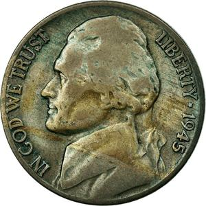 United States / Five Cents 1945 Jefferson Nickel - obverse photo